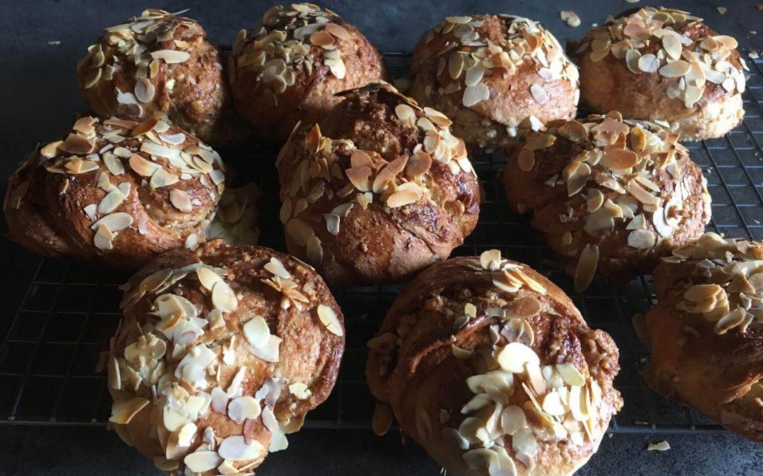 Scandinavische Kardemom-amandel broodjes (Boek Roger Saul)