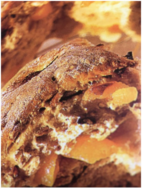 Muesli – Noten Abrikozen Brood
